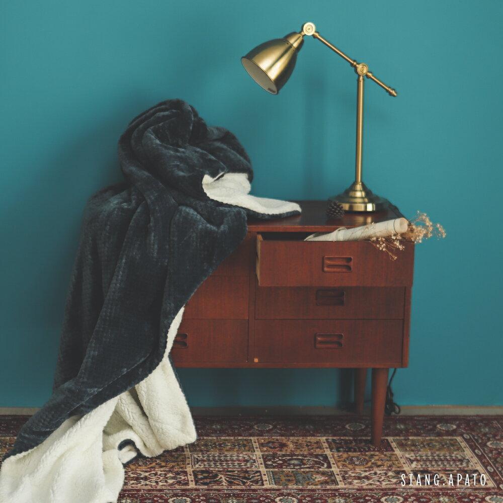 【熱銷破2千條】日本同步法蘭絨x羊羔絨毯-5色 毛毯 / 毯子 / 保暖 / 柔軟 台灣製造 翔仔居家 外島運費另計 8