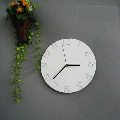 藝術掛鐘鏤空的數字