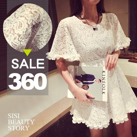SISI【D5169】微透性感 鏤空全蕾絲縮腰木耳邊連身裙洋裝
