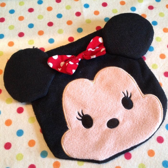=優 =迪士尼 tsum tsum 米妮毛絨刺繡束口袋 拉繩袋 拍立得收納包 化妝包 雜物