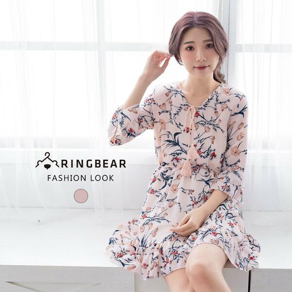 氣質洋裝--氣質優雅V領綁繩荷葉袖裙縮腰碎花雪紡洋裝(粉M-3L)-D490眼圈熊中大尺碼