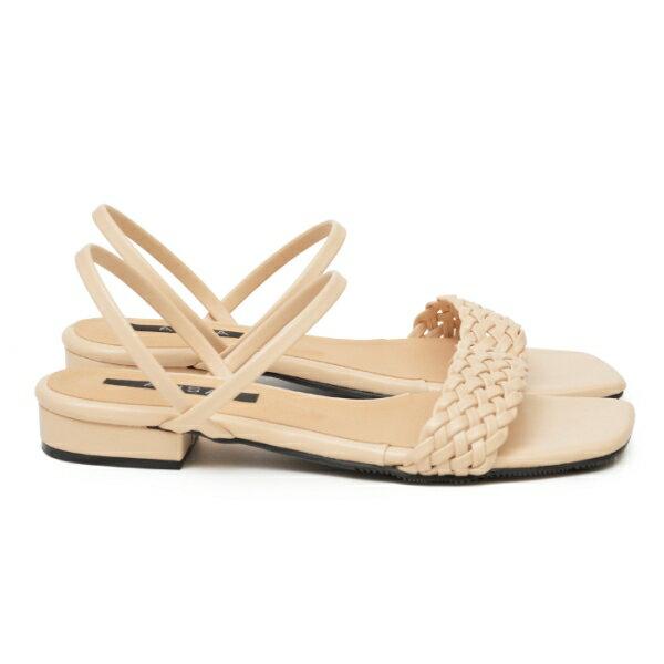 涼鞋 寬版編織方頭低跟鞋-米
