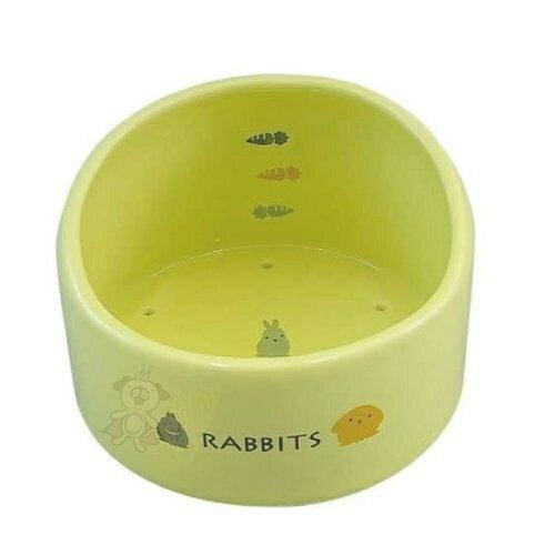 MARUKAN《陶瓷透氣加高兔食碗 528049》不必要的水分可通過排水孔漏出