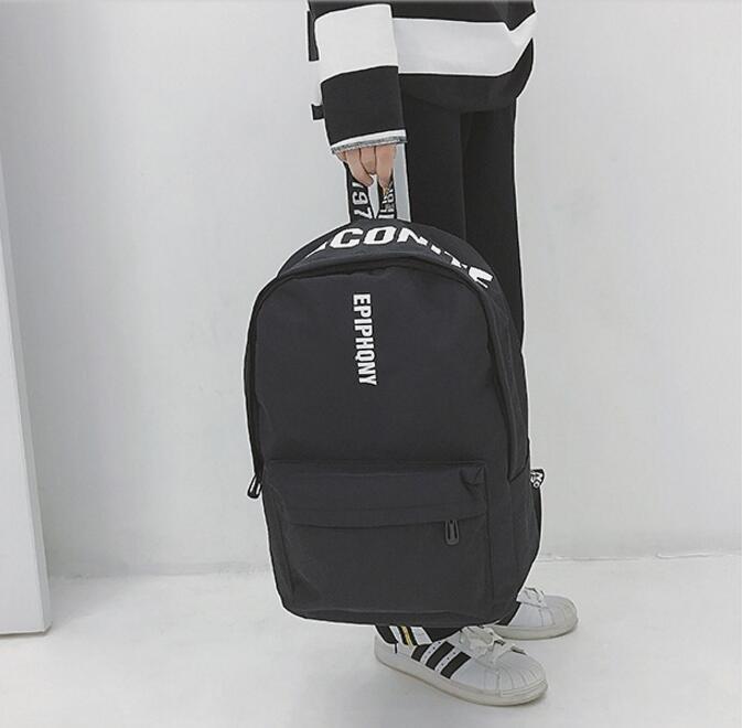 <br/><br/> FINDSENSE品牌 日系 時尚潮流 男 B字母口袋花 學生包 旅行背包 多用途背包 書包 後背包 肩背包<br/><br/>