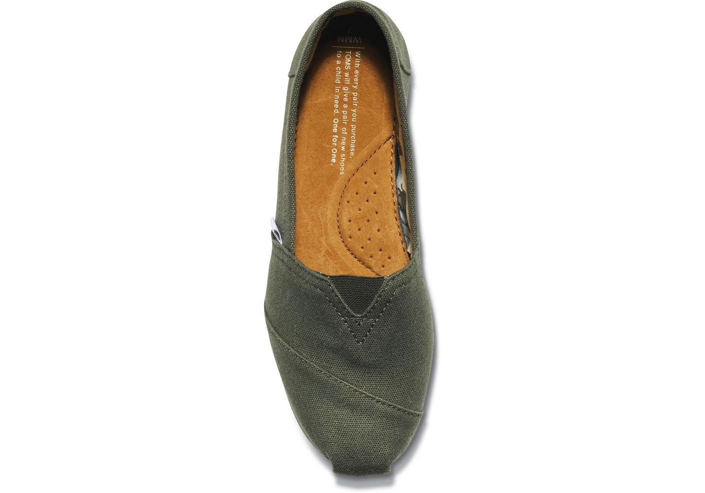 【TOMS】橄欖綠色素面基本款休閒鞋  Olive Canvas Women's Classics 3