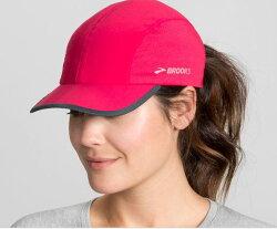 [陽光樂活] BROOKS 運動帽 慢跑帽 吸濕通風 Run-Thru Hat - BK280337678 牡丹紅