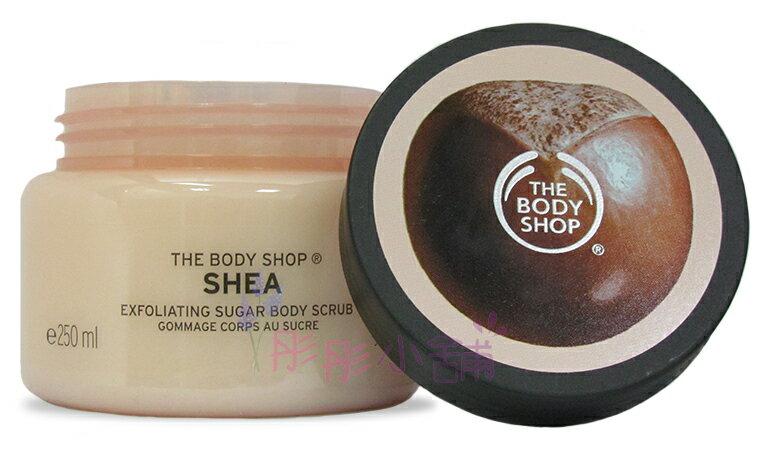 ~彤彤小舖~The Body Shop 乳油木果修護身體磨砂膏 250ml   278g