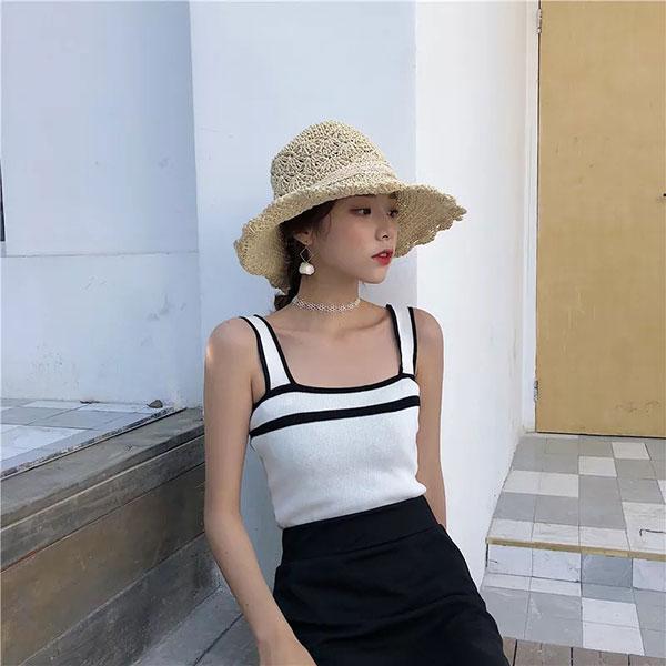 小香冰絲針織背心撞色黑白粗肩帶平口顯瘦性感爆乳百搭氣質遮副乳修飾手臂韓國ANNAS.