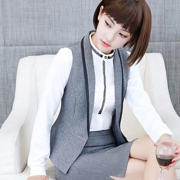 灰姑娘[YS-7007-PF]撞色大V領修身無袖單扣背心~OL搭配~偏小版~