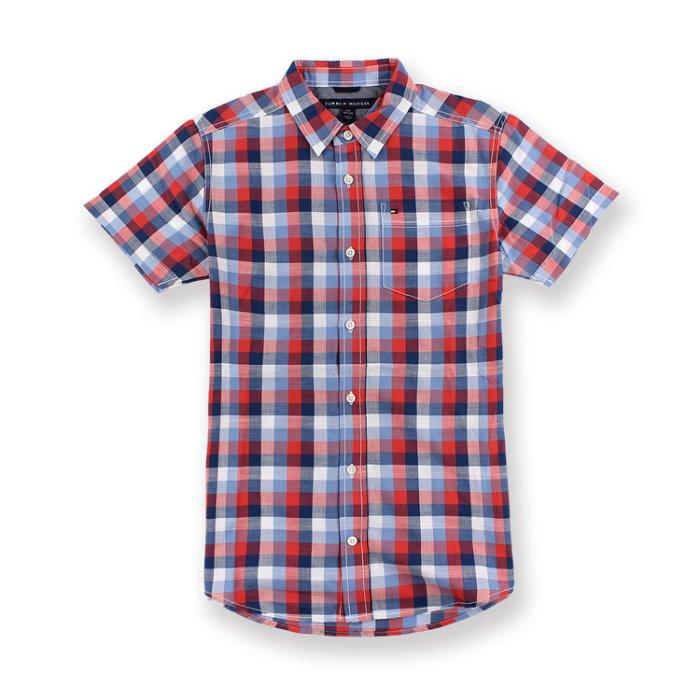 美國百分百【Tommy Hilfiger】TH 男 襯衫 短袖 上衣 休閒 口袋 格紋 紅藍白色 XS號青年版 I200