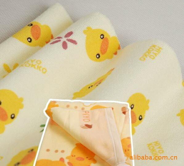 30035日單黃色小鴨防水隔尿墊(大)~120*70cm