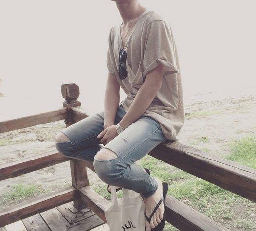 【JP.美日韓】復古 正品 刀割 破褲 多處破洞 高 彈性破褲 多處破褲 GD 爆裂褲 窄管 鉛筆褲 彈性牛仔