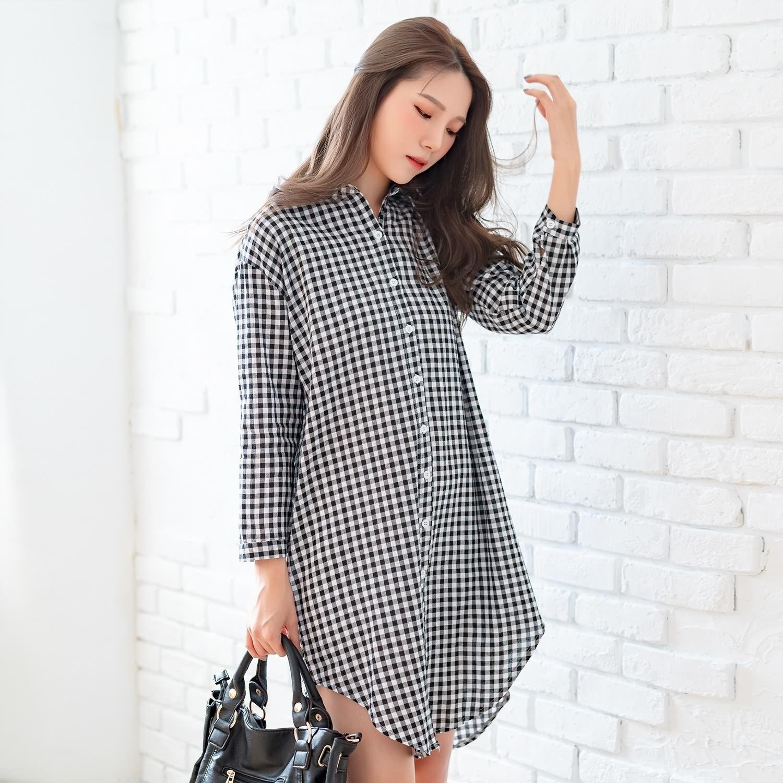 長版襯衫--文青風經典黑白撞色格紋寬鬆圓弧加長棉麻長袖襯衫(黑XL-4L)-I134眼圈熊中大尺碼 0