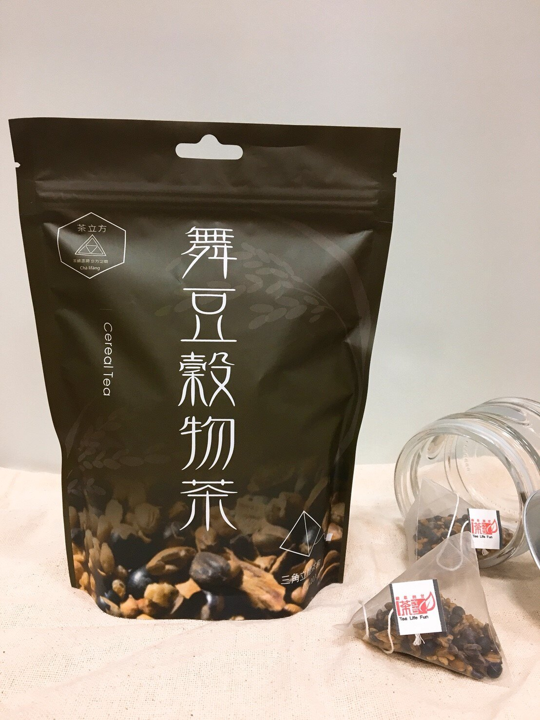<br/><br/>  【茶立方】小資茶包系列-舞豆穀物茶20入<br/><br/>