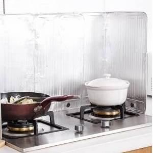 美麗大街~BF523E3E822~廚房 可折疊鋁箔擋油板 煤氣灶隔熱隔油板 防油濺板