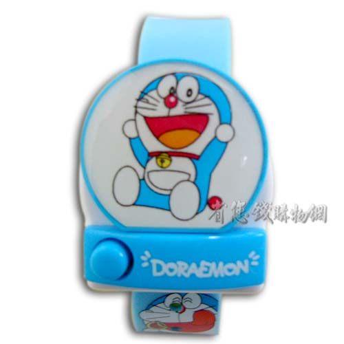 《省您錢購物網》全新~日本限量doraemon 多啦a夢小叮噹卡通電子錶 C款
