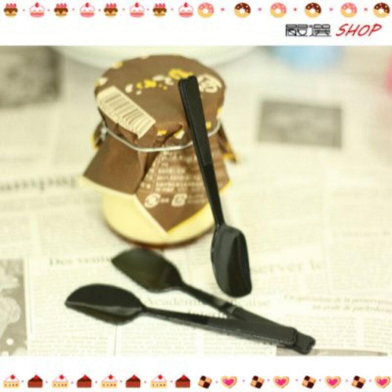 【嚴選shop】 30入 黑色 馬卡龍布丁匙 塑膠湯匙 小湯匙【W007-1】