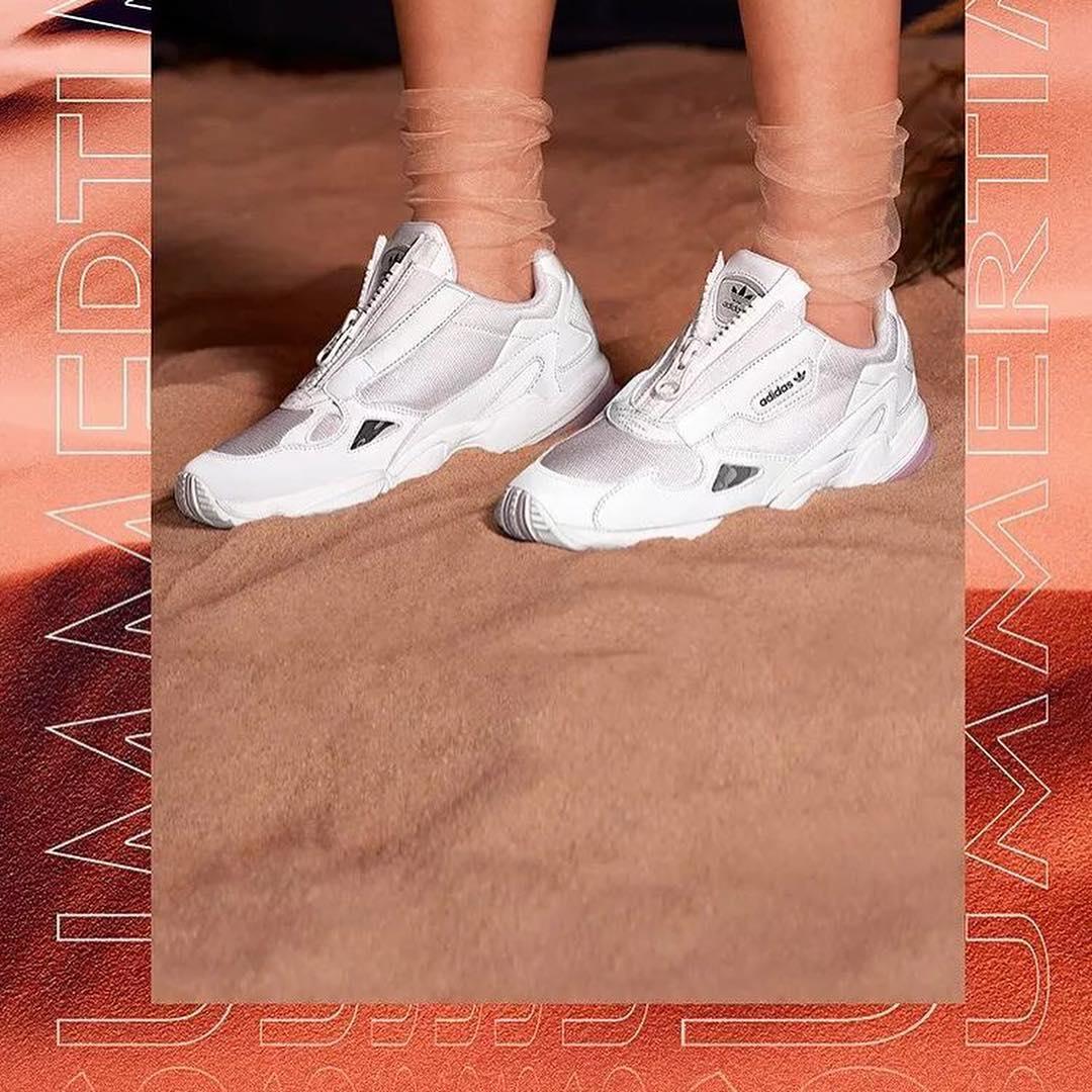 KUMO SHOES-現貨ADIDAS FALCON ZIP W 女鞋 慢跑 休閒 老爹鞋 拉鍊款 復古 白 紫水原希子著用 EF2047