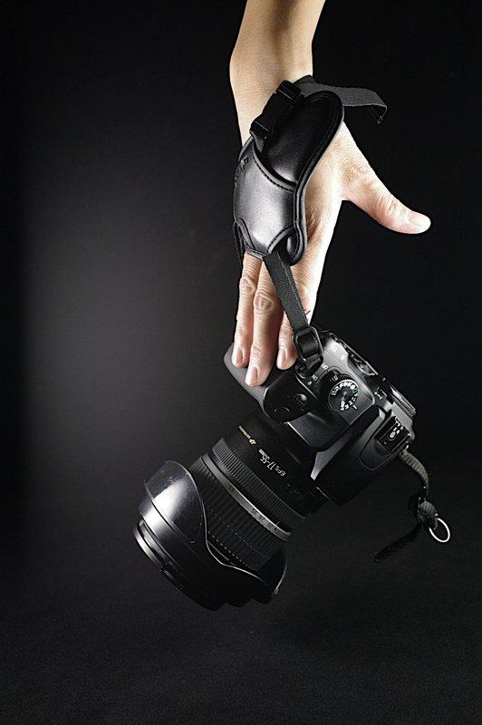 """又敗家@uWinka""""大""""相機手腕帶單眼相機攝影機手脕帶類單眼相機手腕帶類單眼手腕帶單反手腕帶單反相機手腕帶DSLR手腕帶輕單眼手腕帶微單眼手腕帶DC手腕帶手腕袋錄影手腕帶相機腕帶無反手腕帶Nikon.."""