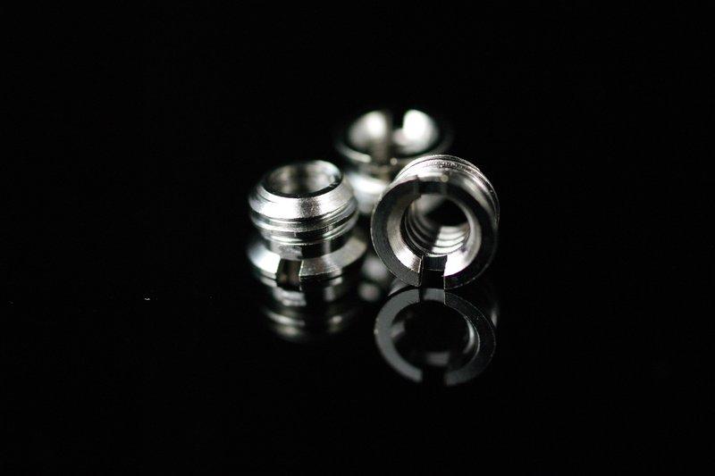 我愛買#JJC不鏽鋼1/4轉3/8不鏽鋼螺絲帽(SCREW B,將細牙轉成粗牙)1/4轉3/8螺絲 M1/4-M3/8螺絲 1/4吋轉3/8吋螺絲轉接環 1/4英吋轉3/8英吋螺絲 小轉大螺絲轉換螺絲..