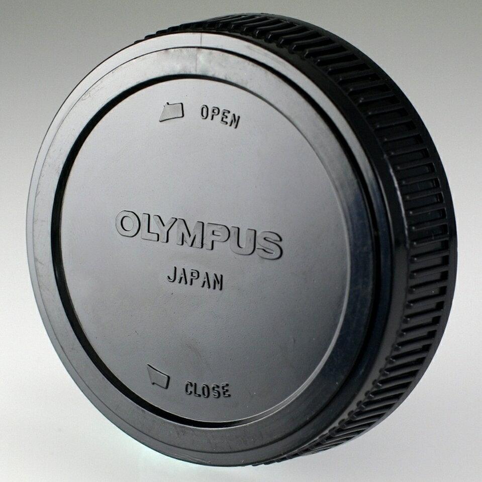 我愛買#奧林巴斯Olympus鏡頭後蓋OM鏡頭後蓋適Q接環OM-MOUNT(副廠鏡頭後蓋,相容原廠鏡頭後蓋)OM後蓋Olympus後蓋Olympus鏡頭保護後蓋Olympus鏡頭保護後蓋鏡頭保護蓋Ol..