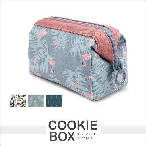 韓國  多 立體 鋼架 化妝包 大容量 旅行 雜物 收納包 花布 便攜 化妝品 ~餅乾盒子