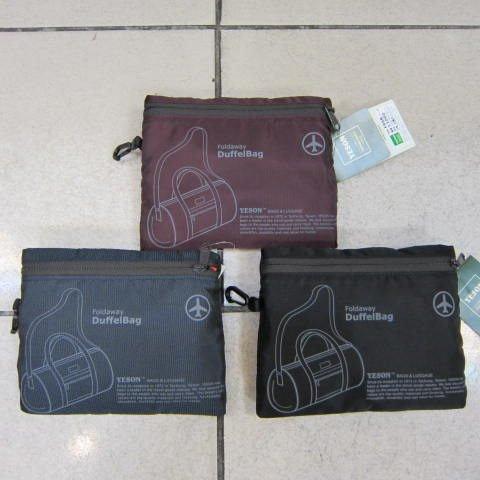 ~雪黛屋~YESON 折疊收納圓桶旅行袋 旅行備用收納袋外掛行李箱拉桿上並用超輕材質F668暗紅