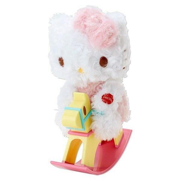 【UNIPRO】日貨 Hello Kitty 凱蒂貓 搖擺音樂木馬 絨毛玩偶 娃娃 擺飾 裝飾品 三麗鷗正版授權 KT