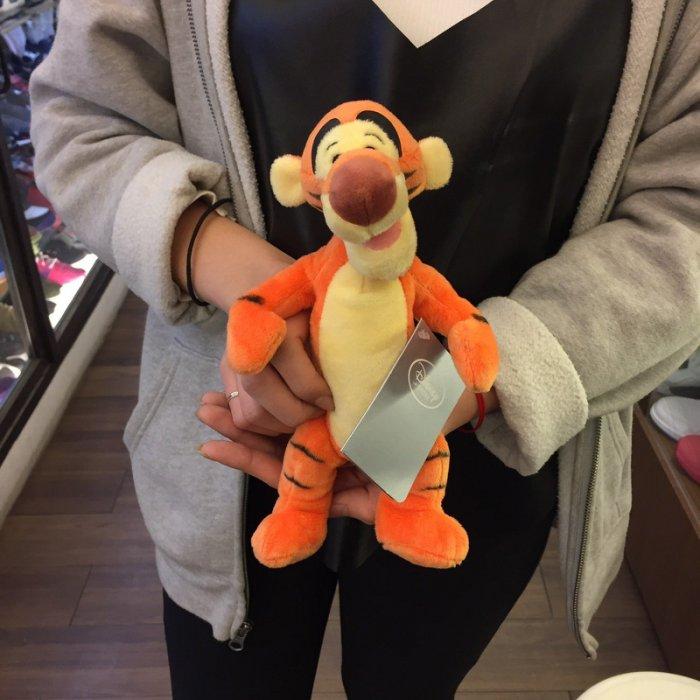 DISNEY TIGGER 美國 迪士尼 正版 絨毛 玩偶 跳跳虎 24公分