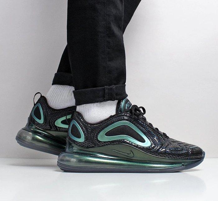 【日本海外代購】NIKE AIR MAX 720 太空 黑綠 金屬綠 變色龍 全氣墊 黑勾 男女鞋 AO2924-003