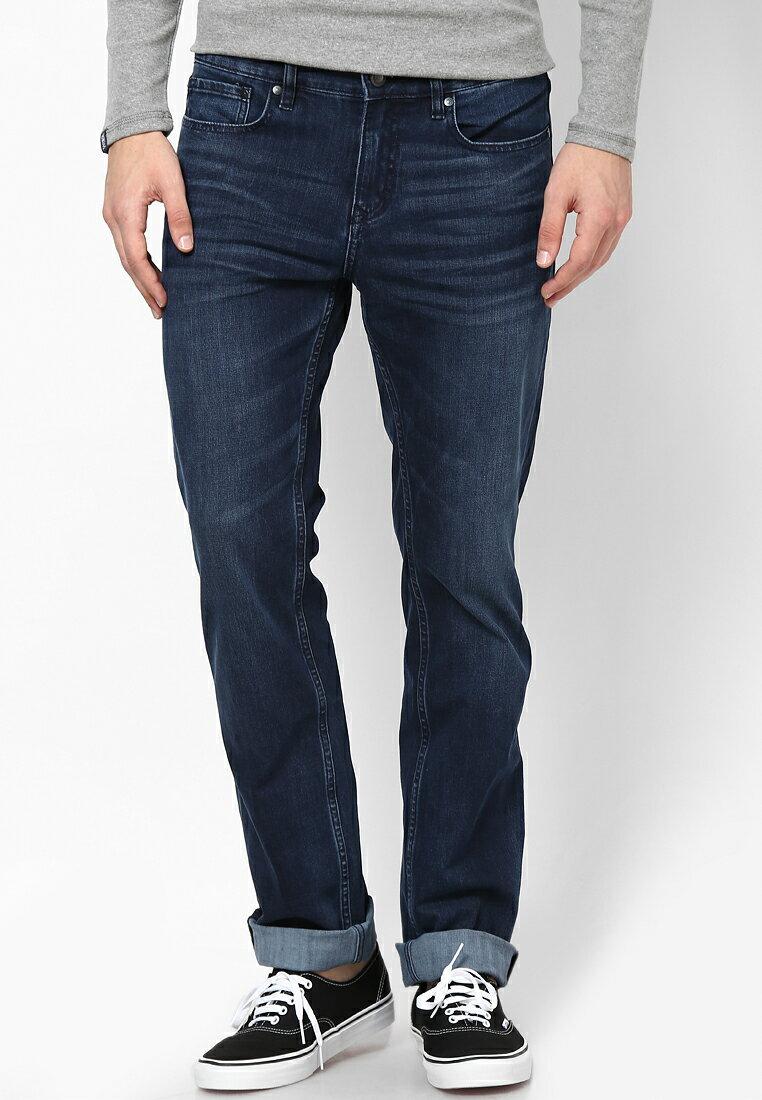 美國百分百【全新真品】Calvin Klein 牛仔褲 CK 休閒褲 長褲 單寧 合身 男 抓皺 深藍 30腰 F122