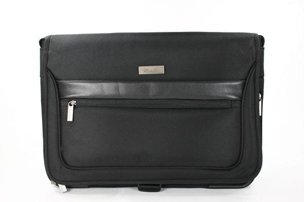 美國百分百【全新真品】Kenneth Cole KC 男包 筆電 多夾層 大容量 黑色 質感 斜背包 書包 貨付
