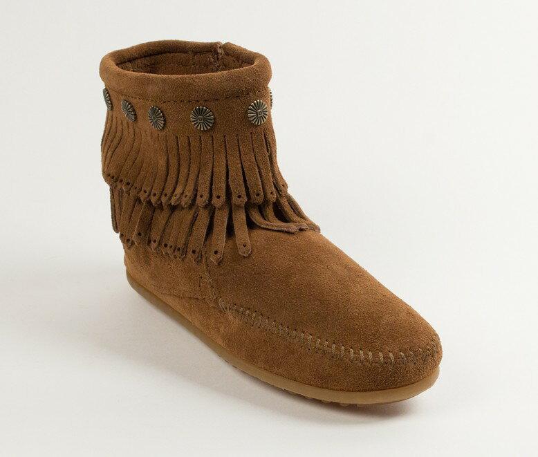 【Minnetonka 莫卡辛】深棕色 - 雙層麂皮流蘇踝靴【全店免運】 0