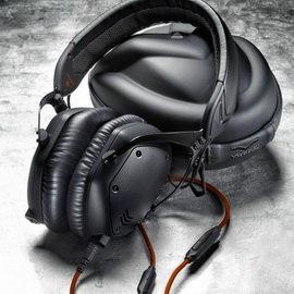 <br/><br/>  志達電子 M-100-U-Mblackm V-MODA crossfade M-100 M100 全罩蓋耳式隔音金屬耳機<br/><br/>