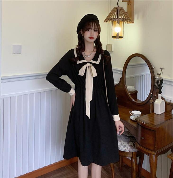 洋裝 秋冬新款甜美方領赫本風收腰裙子中長款減齡法式小眾連衣裙女