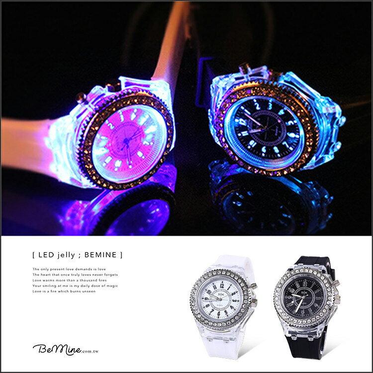 LED七彩發光果凍酷炫錶 LED發光錶 鑲鑽錶 【FA0068】可愛數字錶 夜光錶 女錶 大錶