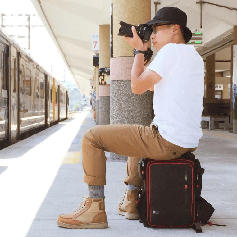 PackChair多功能椅子相機包(一機四鏡、二機三鏡) 電腦包 自助旅行包 登山包 媽媽包 救難包 後背包 排隊逛街 0
