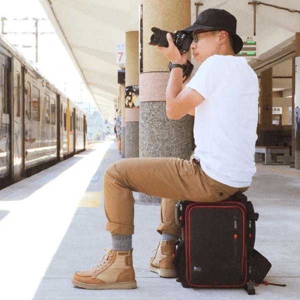PackChair多功能椅子相機包(一機四鏡、二機三鏡) 電腦包 自助旅行包 登山包 媽媽包 救難包 後背包 排隊逛街