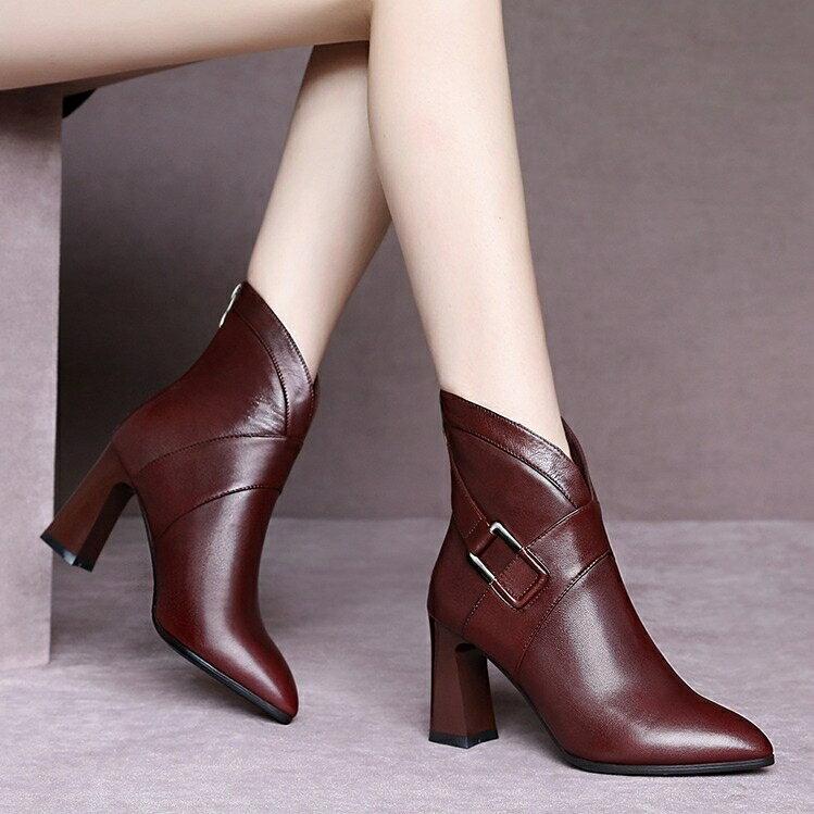 真皮高跟短靴女2020年秋冬新款馬丁靴尖頭踝靴百搭粗跟時尚單靴女