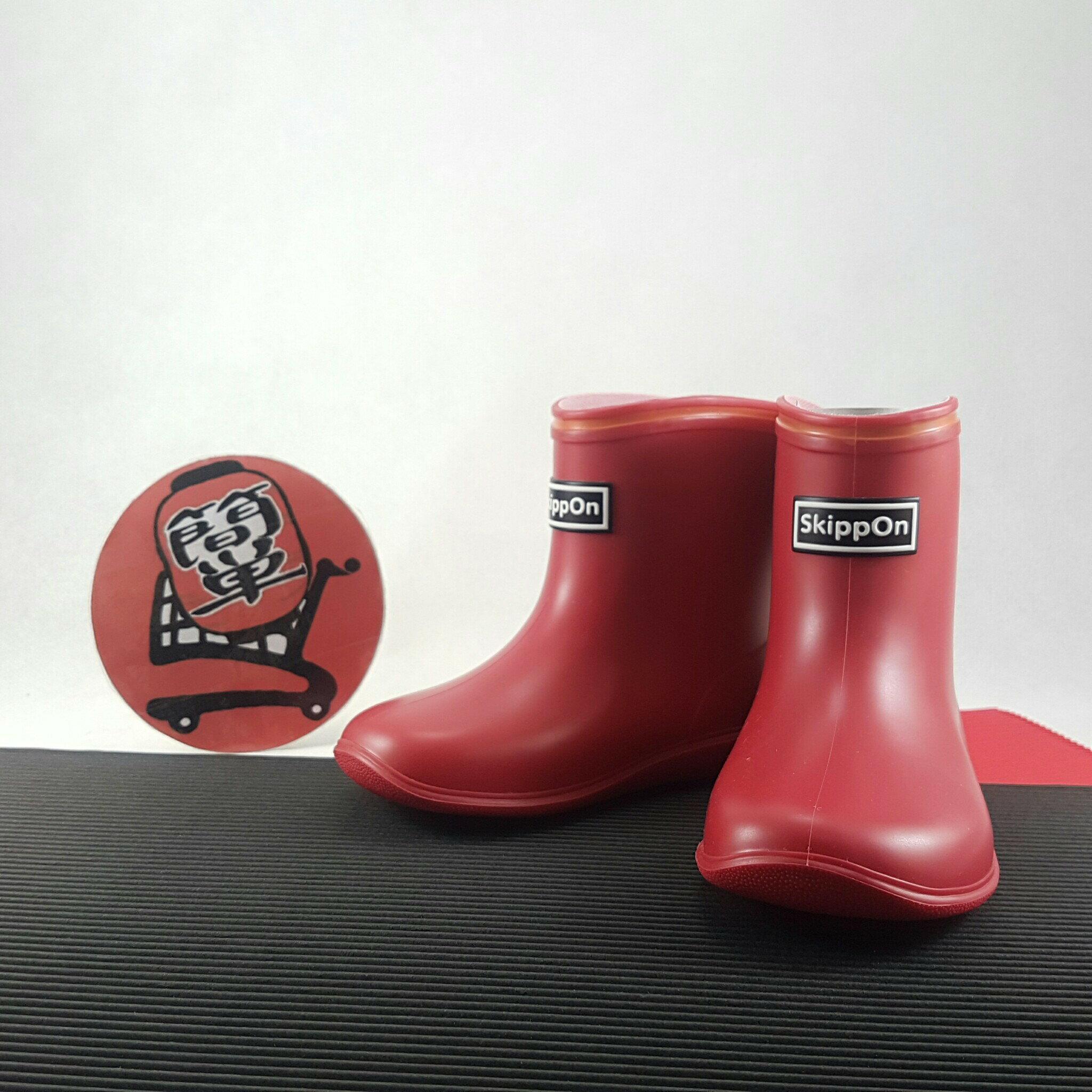 『簡単全球購』紅色款 SKIPPON 亮彩糖果色兒童雨鞋 雨靴 13-17碼 日本製
