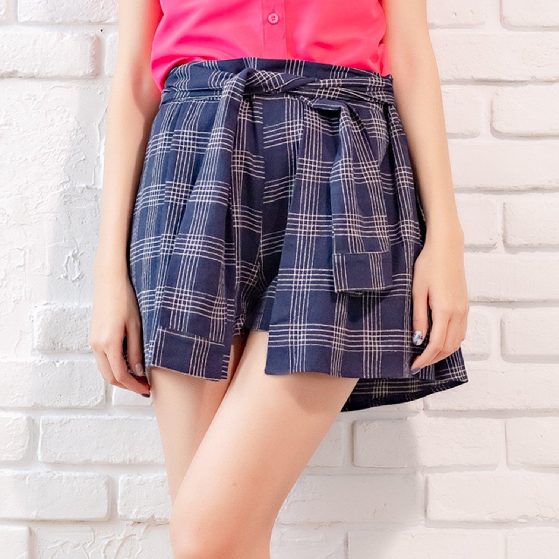 褲裙--清甜可愛潮流百搭款假兩件式後鬆緊收腰格紋綁帶褲裙(白.藍XL-5L)-R74眼圈熊中大尺碼 0