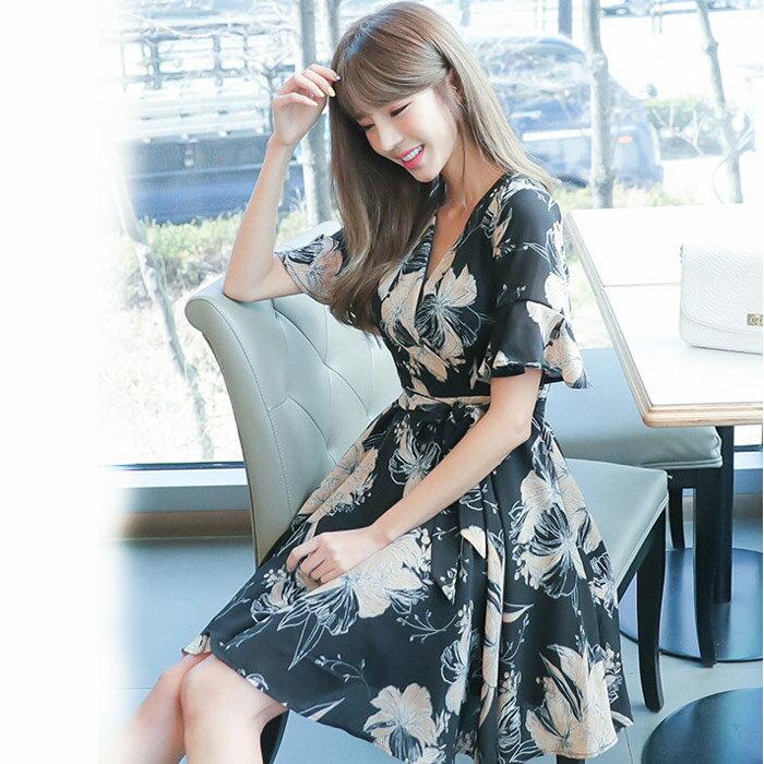 花朵V領大裙襬小禮服洋裝連身裙  ~79~16~86909~ibella 艾貝拉