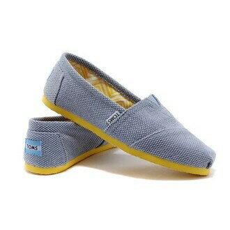 【TOMS】拼色藍黃休閒平底鞋 0