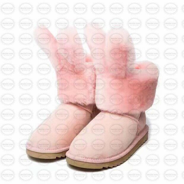 OUTLET正品代購 澳洲 UGG x DUEPLAY 聯名兔耳朵 雪靴 保暖 真皮羊皮毛 雪靴 短靴 粉色 0