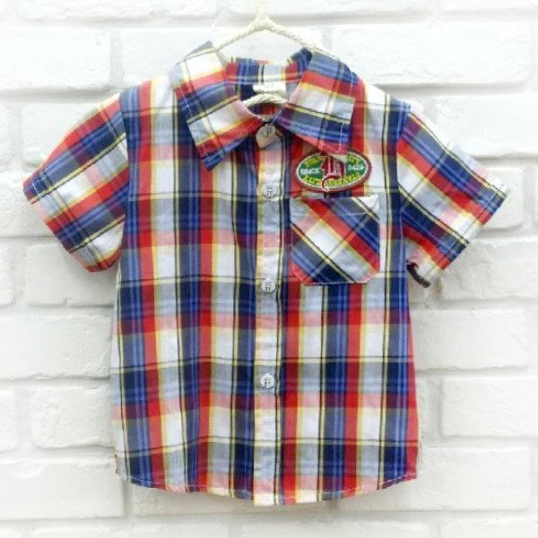 【班比納精品童裝】英字橢圓徽章紅黃藍線格紋襯衫-紅【BO150622089】