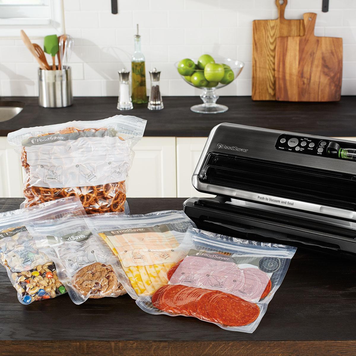 The FoodSaver FM5460 2-in-1 Food Preservation System FM5460-DTC 9