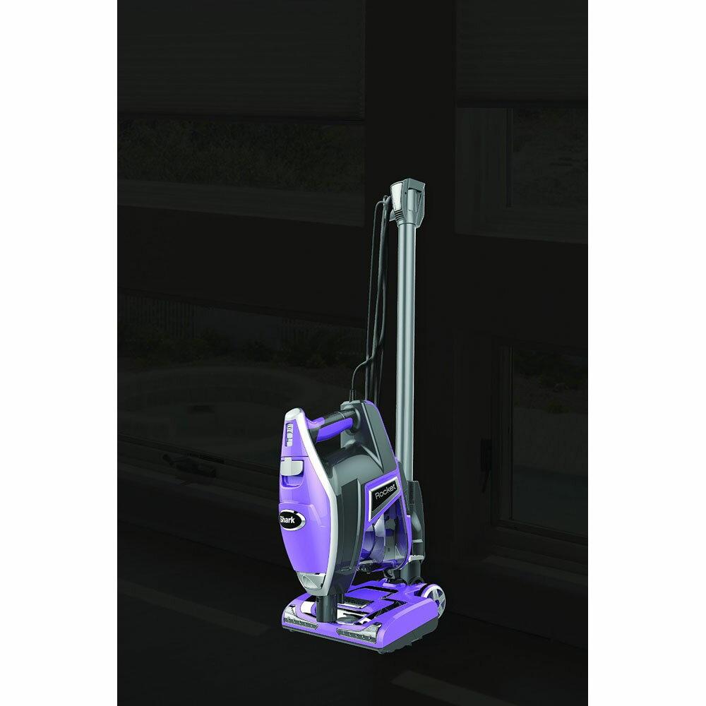 Shark HV321 Rocket DeluxPro Ultra-Light Upright Vacuum 3