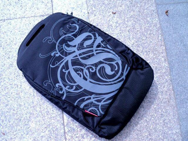 14吋 時尚多機能電腦後背包/多層設計休閒後背包/收納袋/小筆電腦包/平板電惱包/肩包/後背包/背包/上學/旅行/外出/手提包