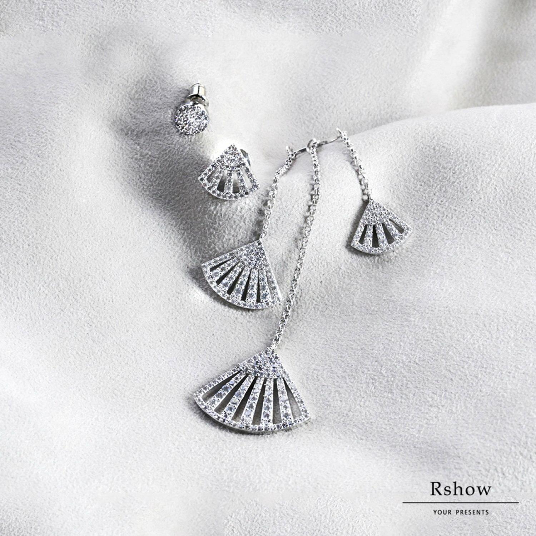 【Rshow】希臘河畔 銀色人魚水鑽扇形 不對稱垂墜 可拆卸耳環組 0