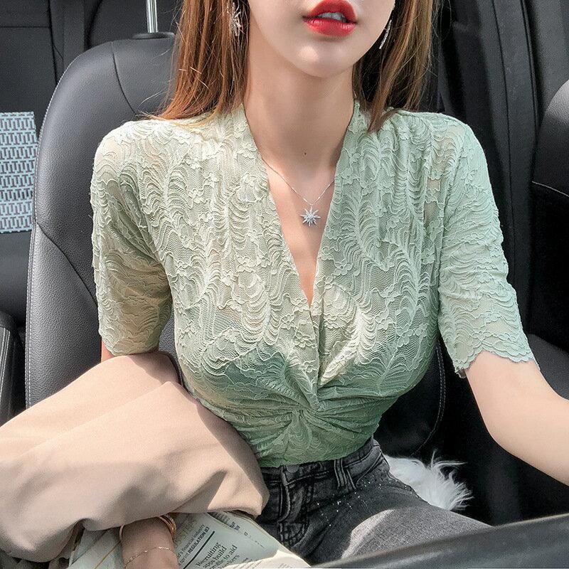 內搭深V領交叉洋氣潮女上衣時尚性感扭結蕾絲修身打底小衫
